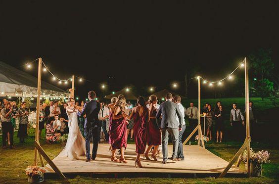 40+ Inspiring Backyard Wedding Ideas for an Inexpensive Wedding