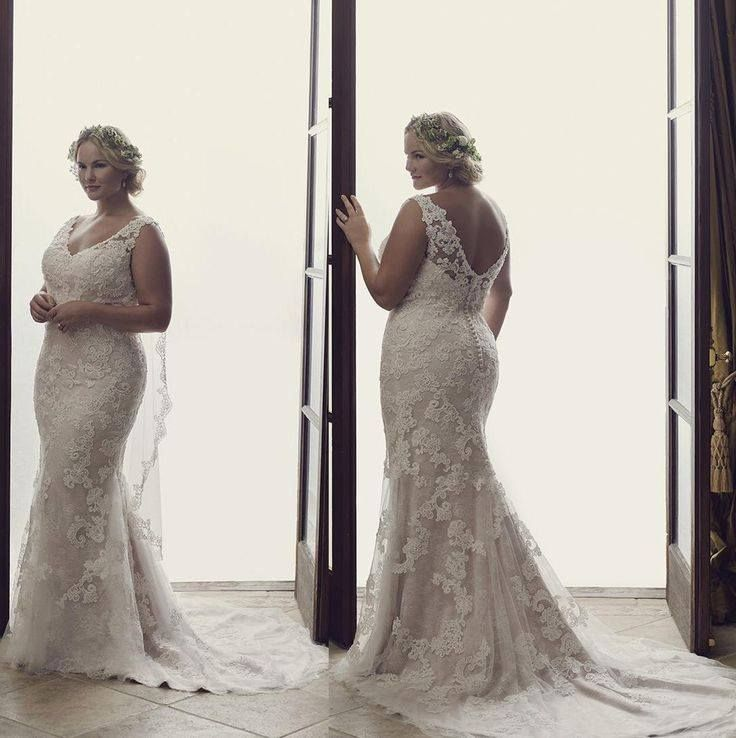 40+ BEST Plus Size Wedding Dresses For Your Big Day