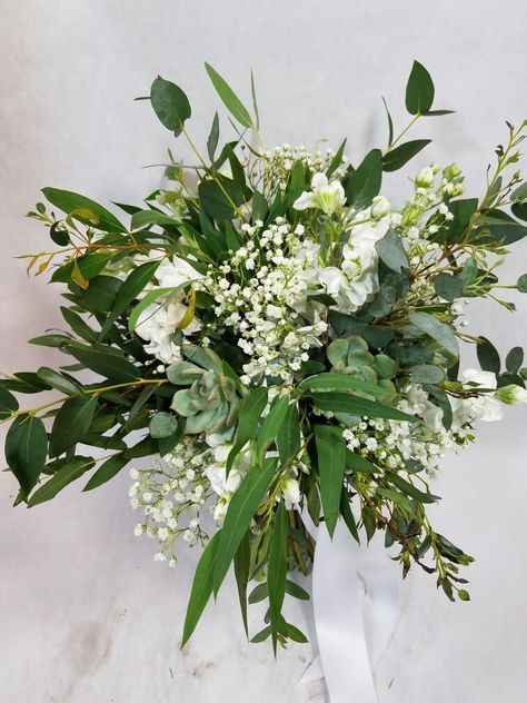 Stunning Greenery Bouquet for Your Wedding