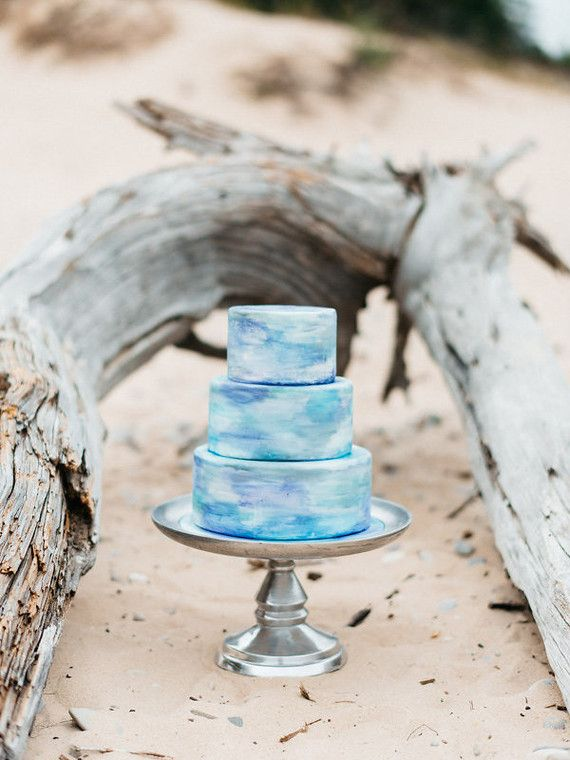 Watercolor Wedding Cakes To Blow Your Mind Away