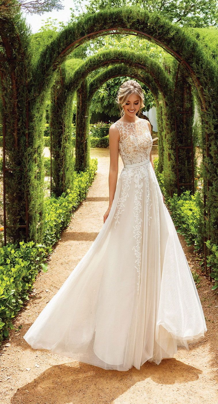 Simple Wedding Dresses On Your Big Day