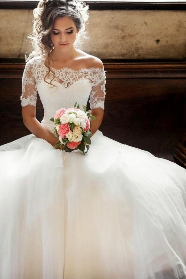 Fall Wedding Dresses That Really Inspire
