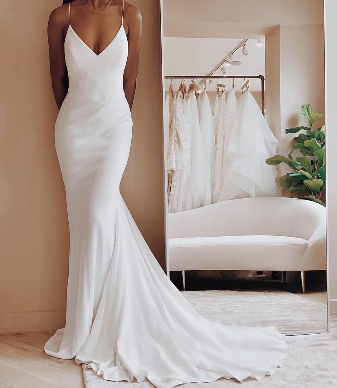 44 Simple Wedding Dresses On Your Big Day